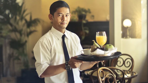 featured image Fine Dining 101 Tips Etiquette Rules and More Etiquette Rules Waiters - Fine Dining 101 - Tips, Etiquette Rules, and More